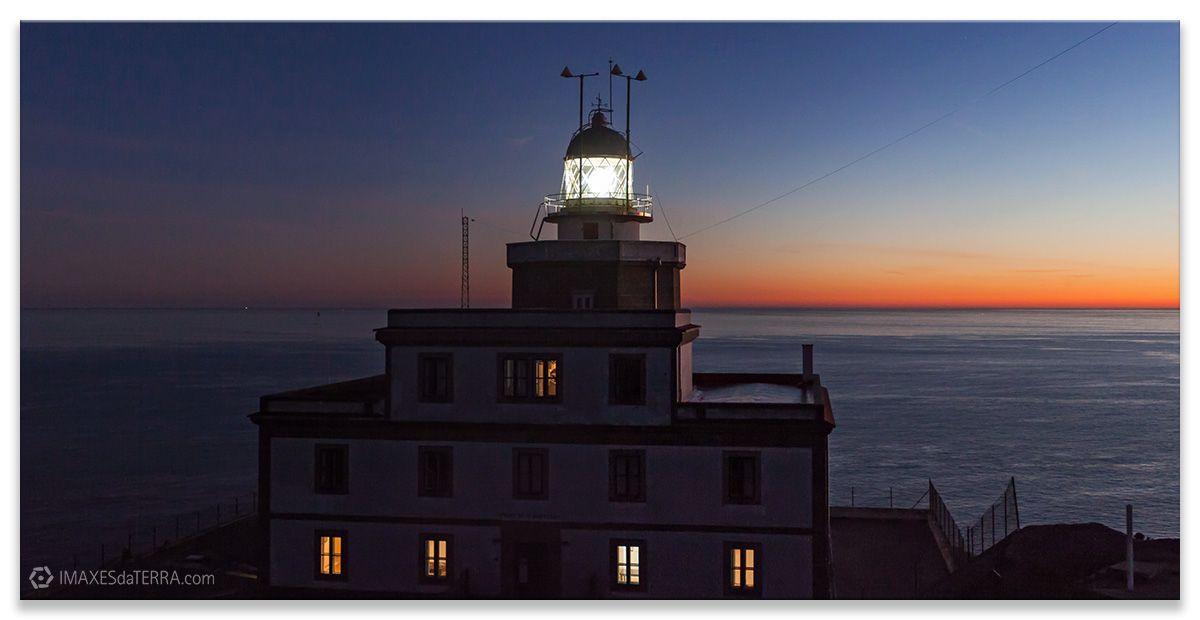 Comprar fotografía Faros de Galicia Faro de Fisterra Naturaleza Decoración Paisajes Puesta de Sol A Coruña