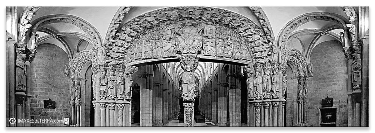 Comprar fotografía de Galicia Santiago de Compostela Catedral Peregrinos Pórtico de la Gloria Camino de Santiago Decoración
