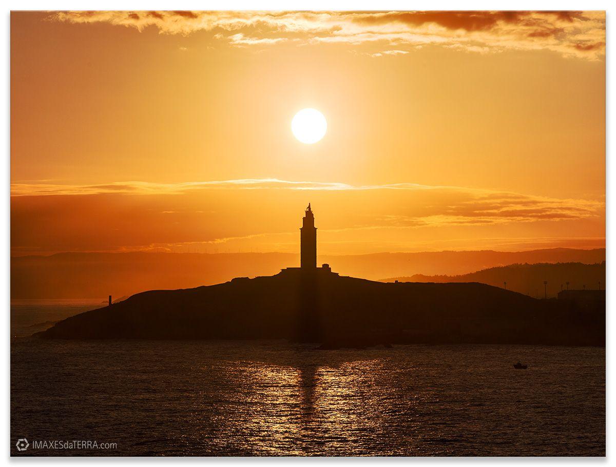 Amencer Torre de Hércules na Coruña, Comprar fotografía de Galicia Torre de Hércules Faros Galegos Amencer Decoración Natureza Paisaxe Atlántica